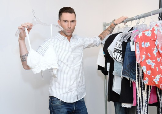 Adam+Levine+Celebrates+Launch+New+Women+Collection+uF_EedYe1T8l